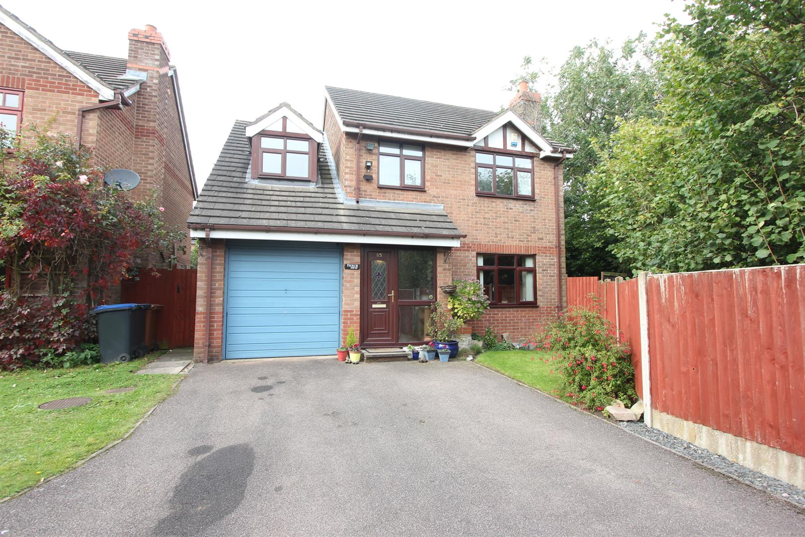 4 bed detached house for sale in barwell